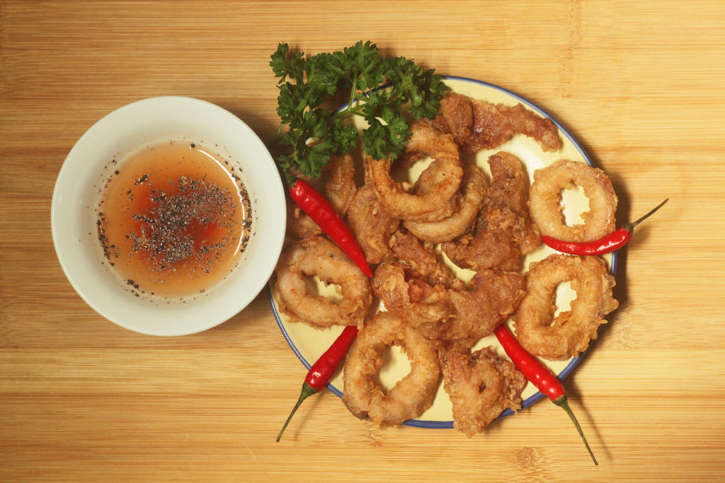 How to make fried calamari